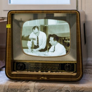 Metz Television